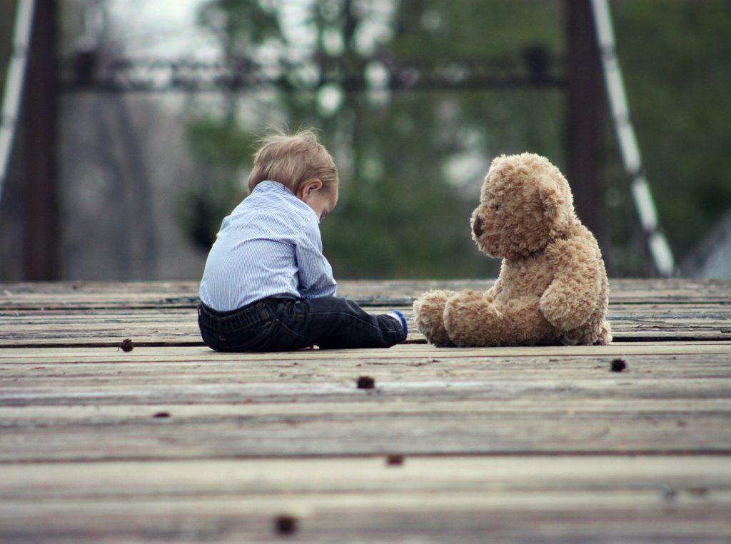Psicología Infantil Madrid (niño triste)
